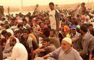 مسئولان عراقی: داعش غیرنظامیان درحال گریز ازفلوجه را به قتل می رساند