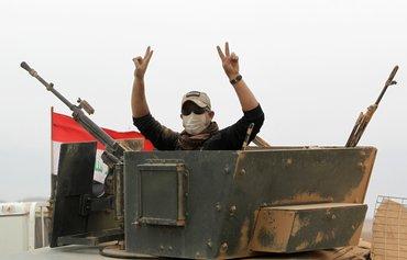 داعش بازی فرقه گرایی را با شدت گرفتن نبرد موصل رها کرده است