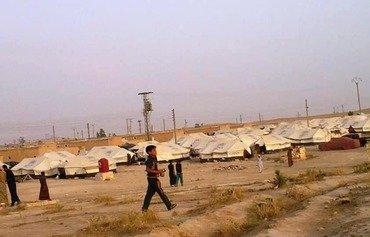 Deir Ezzor residents caught in war's crossfire