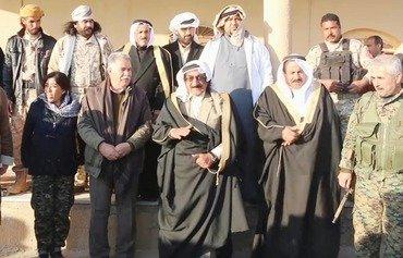Des membres de tribus syriens rejoignent les FDS contre l'EIIL