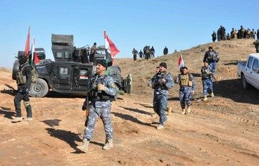 Iraqi police pursue ISIL in Diyala's desert areas