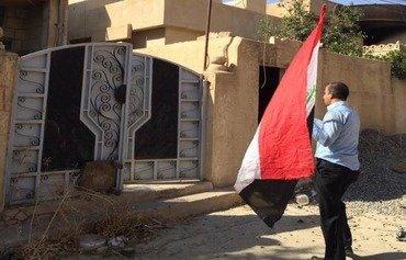 داعش تنهب منازل الأنبار لسد عجزها المالي