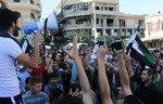 سكان مدينة في إدلب يطردون جبهة النصرة وحلفاءها