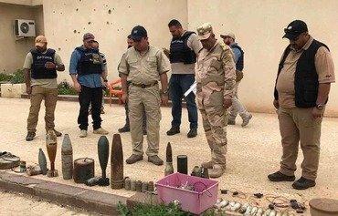 الفرق العراقية تطهّر الموصل من كمية الألغام الكبيرة المزروعة فيها