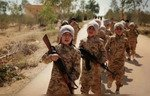 داعش بەردەوامە لە راکێشان و مەشقکردن بە سەربازانی منداڵ