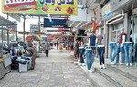 أسواق شرقي الموصل تعجّ بالمتسوقين