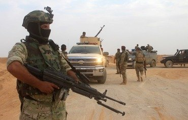 نیروهای عراقی داعش را از عکاشات در انبار بیرون راندند