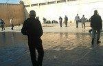 Crisis looms at Homs prison, activists warn