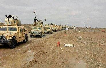چەکدارانی داعش خۆیان وەك شوان دهگۆڕن لە بیابانی ئەنباردا