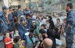 العراق يشرع بتسليم أفراد أسر داعش الأجانب لدولهم