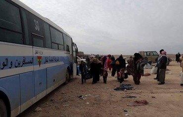 العراق يجلي أكثر من 14 ألف لاجئاً من سوريا