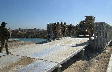 عراق 15 پل در انبار را بازسازی می کند