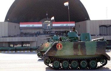 مردم عراق پیروزی بر داعش را جشن می گیرند