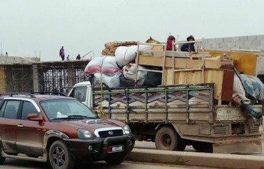 أزمة إنسانية وشيكة مع فرار آلاف العائلات من إدلب