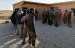 Contrôles de sécurité rigoureux pour les personnes revenant à al-Qaïm