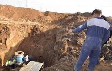 مسئولان می گویند که میدانهای نفتی عراق آسیب پذیر باقی مانده است