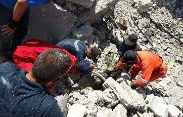 بقایای فاسد شده داعش خیابان های موصل را کثیف کرده است
