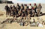 القوات العراقية تستهدف أوكار داعش في صحراء هيت