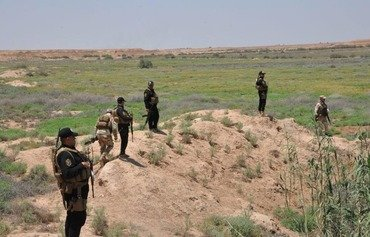 Iraqi forces pursue ISIS remnants in Mutaibija