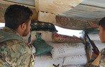 داعش تعدم 30 من عناصرها في بلدة على الحدود السورية