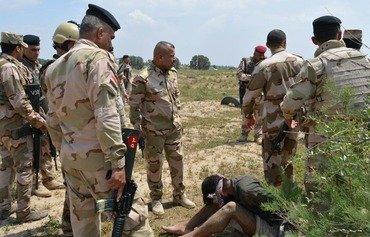 Les restes de l'EIIS luttent pour survivre dans le désert irakien