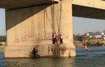 رفع حظر التجول في مدينة الرقة السورية
