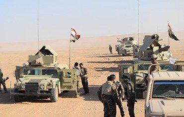 القوات العراقية تستهدف مخبأ لداعش بالقرب من الحدود السورية