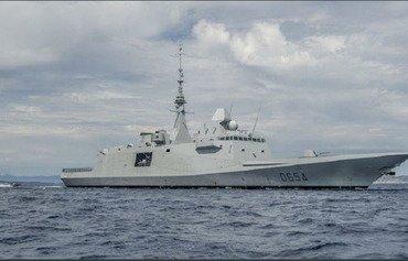 السفن البحرية الفرنسية تراقب الساحل السوري