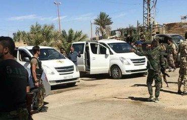 الحرس الثوري الإيراني يوطن مقاتليه في مدينة حدودية سورية