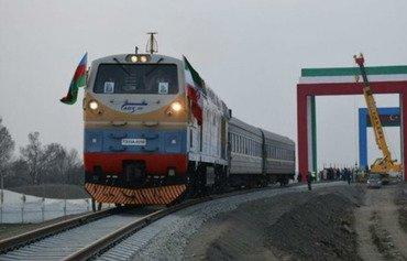 ناشط يحذر من خطورة إنشاء خط سكة حديد بين ايران وسوريا