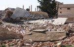 حركة نزوح بعد استهداف المنطقة العازلة في إدلب