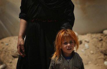المدعي العام: مسلحة من داعش تترك فتاة 'مستعبدةʻ في الخامسة من العمر تموت من العطش