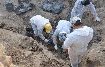 العراق يفتح المقابر الجماعية لضحايا داعش