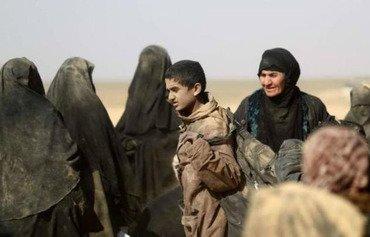 داعش زنان بمبگذار را به آخرین استحکامات این گروه در سوریه اعزام می کند