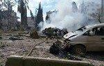 معاناة أهالي إدلب بين القصف والانفجارات