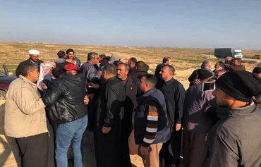 داعش عراقی هایی را که به دنبال جمع کردن قارچ در بیابان هستند هدف قرارمی دهد