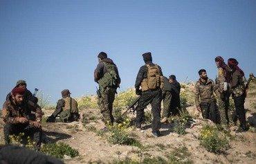 قوات سوريا الديموقراطية تستأنف عمليات الإجلاء بعد اختراق آخر معقل لداعش