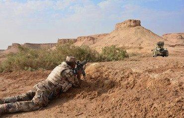 قوات الأمن والعشائر تطارد فلول داعش في مناطق صحراوية نائية