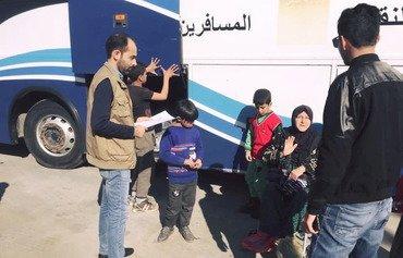 العراق يعيد مواطنيه المهجرين من مخيم اكدا السوري