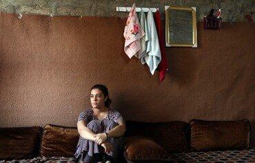 مەینەتی ژنانی ئێزیدی لەنێوان منداڵەکانیاندا لە داعش و گەڕانەوە بۆ نیشتمان