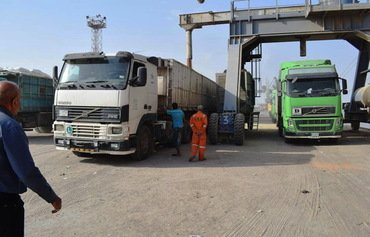 Iraq cracks down on cross-border smuggling