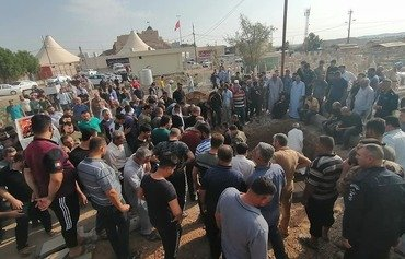 القوات العراقية تلاحق مهاجمي الملعب الرياضي في كركوك