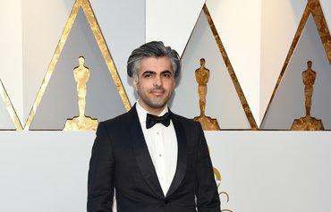 کارمەندێکی پزیشكیی سوری لە فیلمی 'ئەشکەوتەکە'دا ستایشدەکرێت