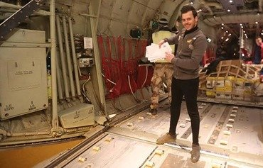 Letters of support airdropped in west Mosul