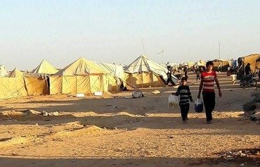Al-Rukban camp refugees struggle to survive