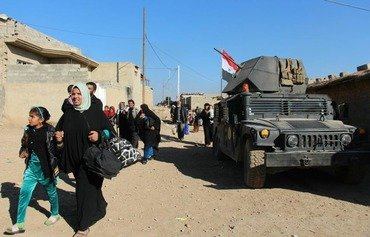 ISIS turns on civilians as Mosul battle nears end
