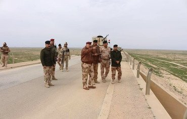 Iraq mobilises more troops to fortify border with Syria