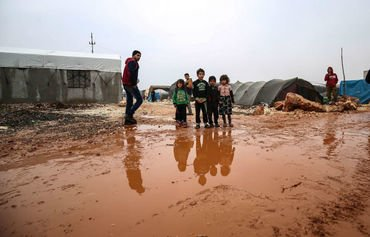 Idlib displaced face hardships as winter nears