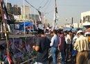 المتظاهرون العراقيون يصعدون مطالبهم الإصلاحية
