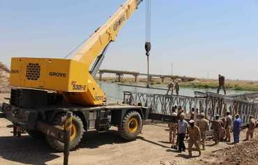 Iraqi forces support reconstruction efforts